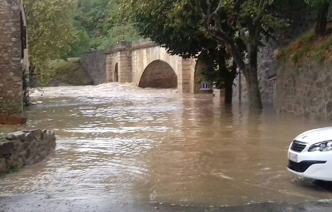 13 morts — Inondations dans l'Aude