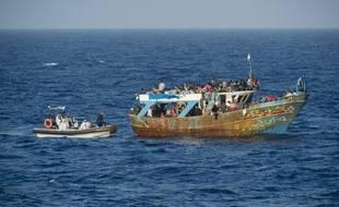 Des migrants secourus en Méditerranée ont raconté avoir assisté à un naufrage ayant fait jusqu'à 500 morts.