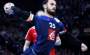 France's Theo Derot shoots at goal during the Golden League handball match between France and Denmark at the Bercy-AccorHotels Arena stadium in Paris, FRANCE - 10/01/2016./JEE_fcedane.09/Credit:J.E.E/SIPA/1601111443