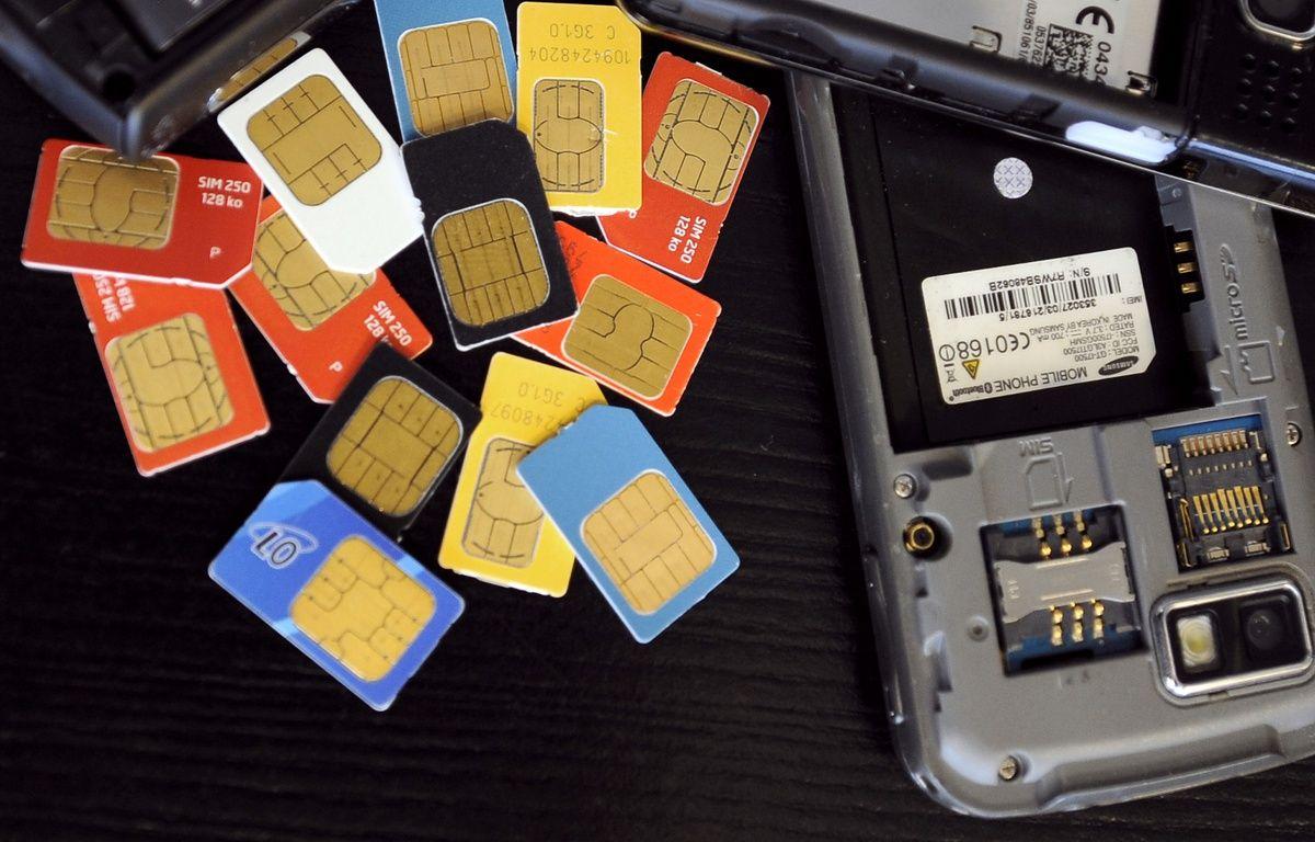Des cartes SIM de téléphone portable. – E.LAURENT/AFP