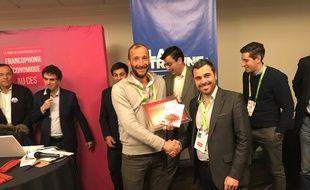 Ludovic Broyer, à gauche, lors de la remise de prix à Las Vegas.