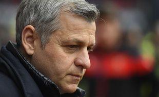 Le coach de l'OL avait le visage des mauvais jours lors du nul (1-1) à Rennes. DAMIEN MEYER