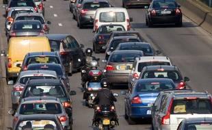 Illustration de motards sur le périphérique