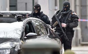 Les forces spéciales à Bruxelles le 22 mars 2016 alors que des attentats ont eu lieu dans la matinée.