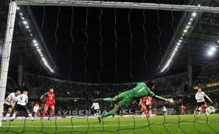 Les Corinthians de Sao Paulo, qualifiés pour la finale du Mondial des clubs grâce à leur victoire (1-0) face aux Egyptiens d'Al Ahly mercredi à Toyota, viseront dimanche un deuxième sacre dans la compétition
