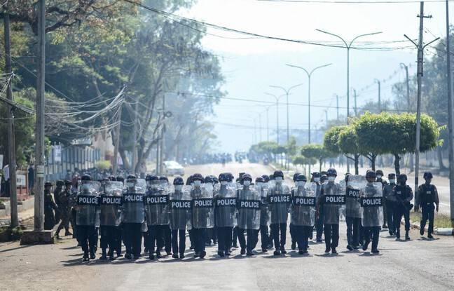 648x415 police birmane mawlamyine 12 fevrier 2021