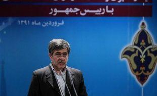 """De son côté, le chef de l'organisation iranienne de l'énergie atomique, Fereydoun Abbasi Davani, a appelé le chef de l'AIEA, Yukiya Amano, à """"ne pas rapporter de telles choses"""", Téhéran ne cherchant pas à produire de l'uranium à 27%."""