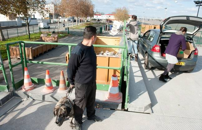 Bordeaux gr ve dans les d chetteries partir de samedi cause de sanctions contre des - La table du quai bordeaux ...