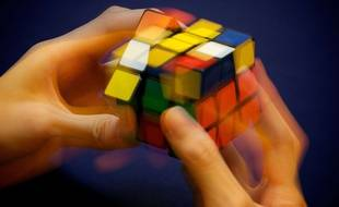 Le Rubik's cube est l'un des plus célèbres casse-têtes du monde.