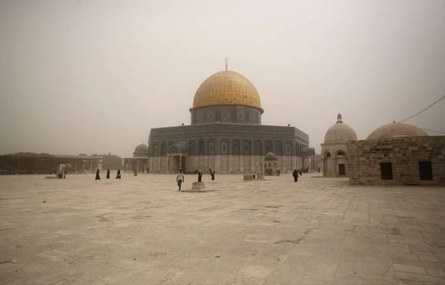 nouvel ordre mondial   Jérusalem: Des centaines de policiers déployés en renfort avant la prière du vendredi