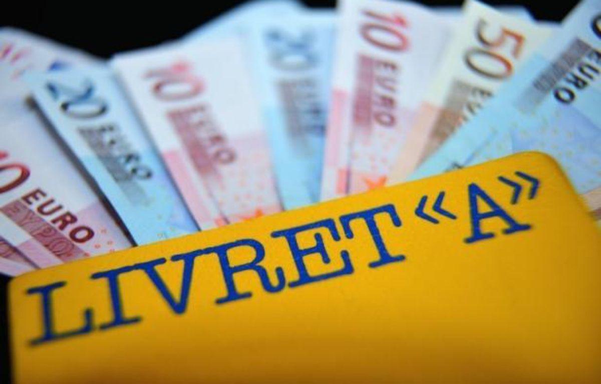 Le ministre de l'Economie et des Finances Pierre Moscovici a annoncé dimanche que le relèvement du plafond du livret A et du livret de développement durable sera effectif au 1er octobre. – Philippe Huguen afp.com