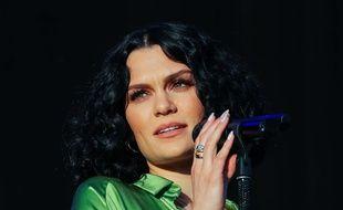 La chanteuse Jessie J. à Cheltenham en Angleterre.