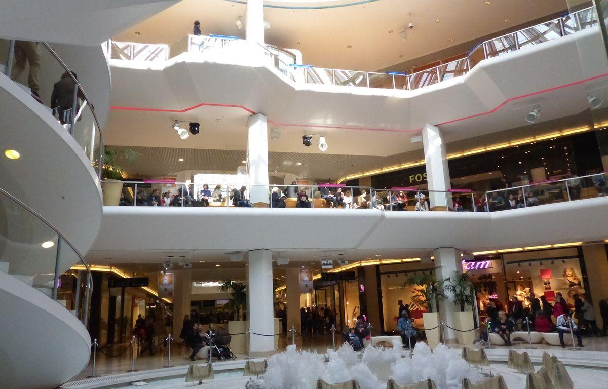Lyon, le 27 octobre 2014. Au centre commercial de la Part-Dieu. C. Girardon / 20 Minutes – no credit