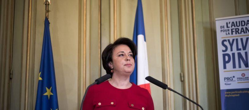 Sylvia Pinel présente son programme présidentiel le 5 janvier 2017 à Paris.