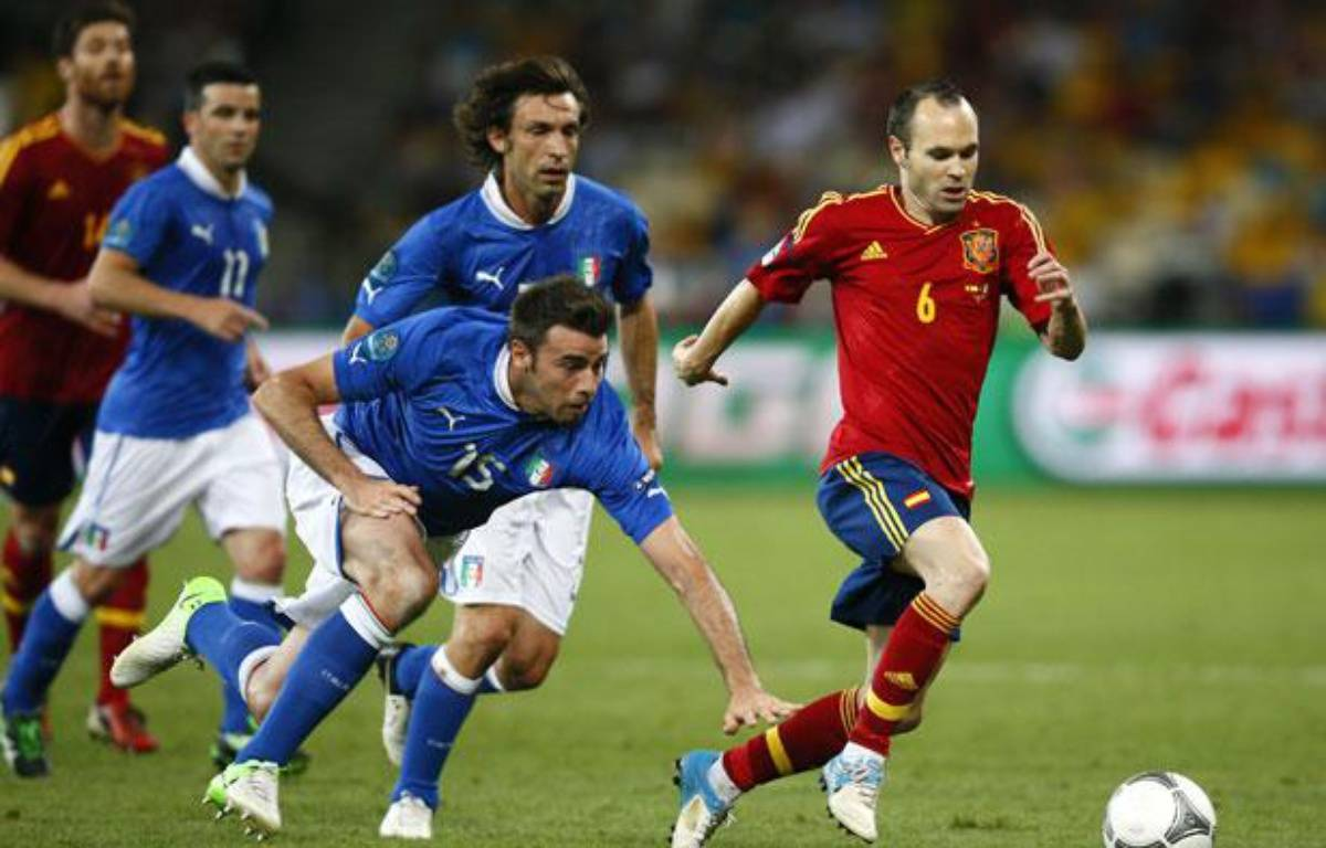 Andres Iniesta lors de la finale de l'Euro, le 1 juillet 2012 – K.PFAFFENBACH/REUTERS