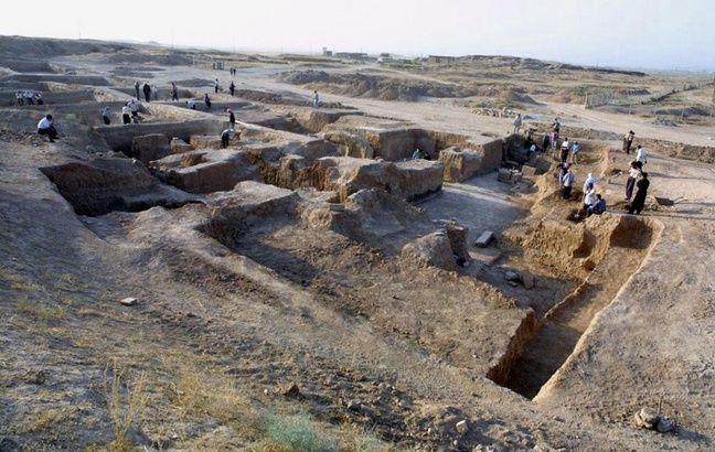 Le site archéologique de Nimrod en Irak, photographié le 17 juillet 2001.