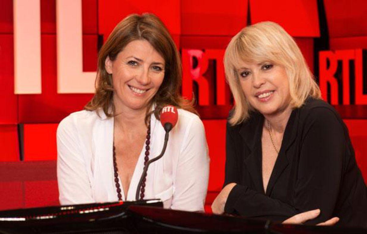 Christine Haas (à droite) et Laetitia Nallet (à gauche) dans les studios de RTL en 2013 – RTL