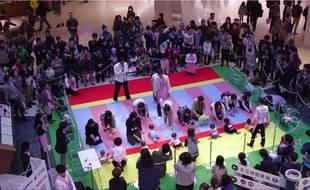 Le 23 novembre, la course de bébés a rassemblé 600 participants.
