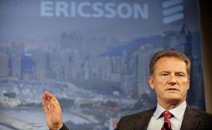 En Europe, le numéro un mondial des réseaux de téléphonie mobile, le suédois Ericsson, a annoncé lundi un bénéfice en baisse de 28% au troisième trimestre.