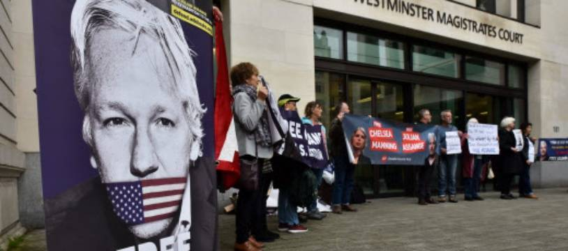 Une manifestation à Londres pour que Julian Assange ne soit pas extradé.