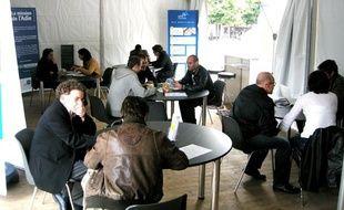 L'Adie organisela «semaine du microcrédit» du 6 au 10 février 2012.