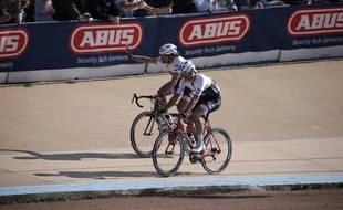 Fabian Cancellara termine son dernier Paris-Roubaix, le 10 avril 2016.