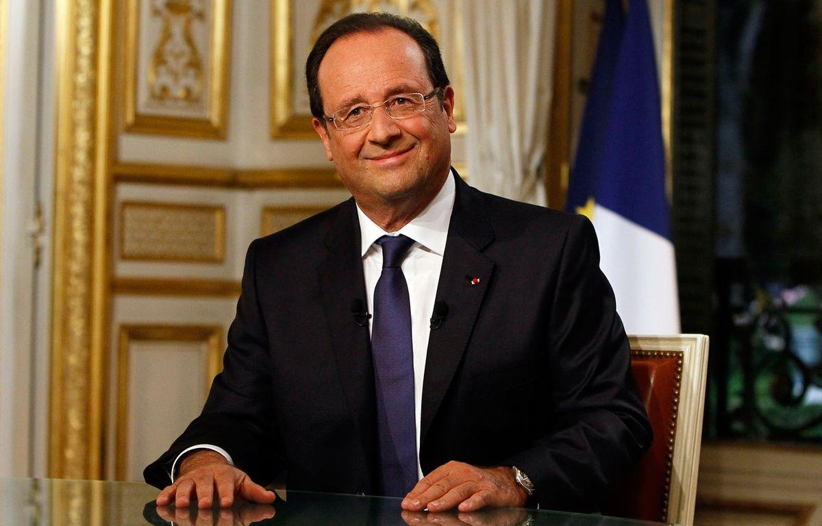 Ce jeudi soir, lors du JT de 20 heures, François Hollande répond aux questions de David Pujadas et Gilles Bouleau en direct du Palais de l'Elysée. – F.MORI / POOL / AFP