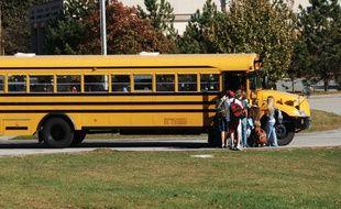 Bus scolaire américain. Image d'illustration.