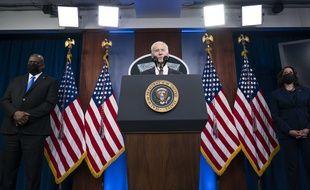 Joe Biden au Pentagone avec Kamala Harris et le secrétaire à la Défense Lloyd Austin le 10 février 2021.