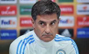 L'entraîneur de Marseille Michel en conférence de presse le 9 décembre 2015.