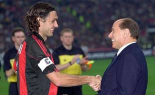 Paolo Maldini et Silvio Berlusconi, du temps de la splendeur du Milan AC.