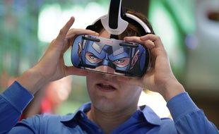 Le Gear VR de Samsung, un système de réalité virtuelle qui utilise le Galaxy Note 4 comme écran.
