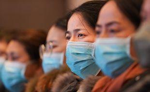 Du personnel médical venu de Shanghai à Wuhan, en Chine, le 25 janvier 2020.