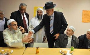 L'amitié Judéo-Musulmane de France encourage les rencontres entre islam et judaïsme à Ris-Orangis le 7 novembre 2010.