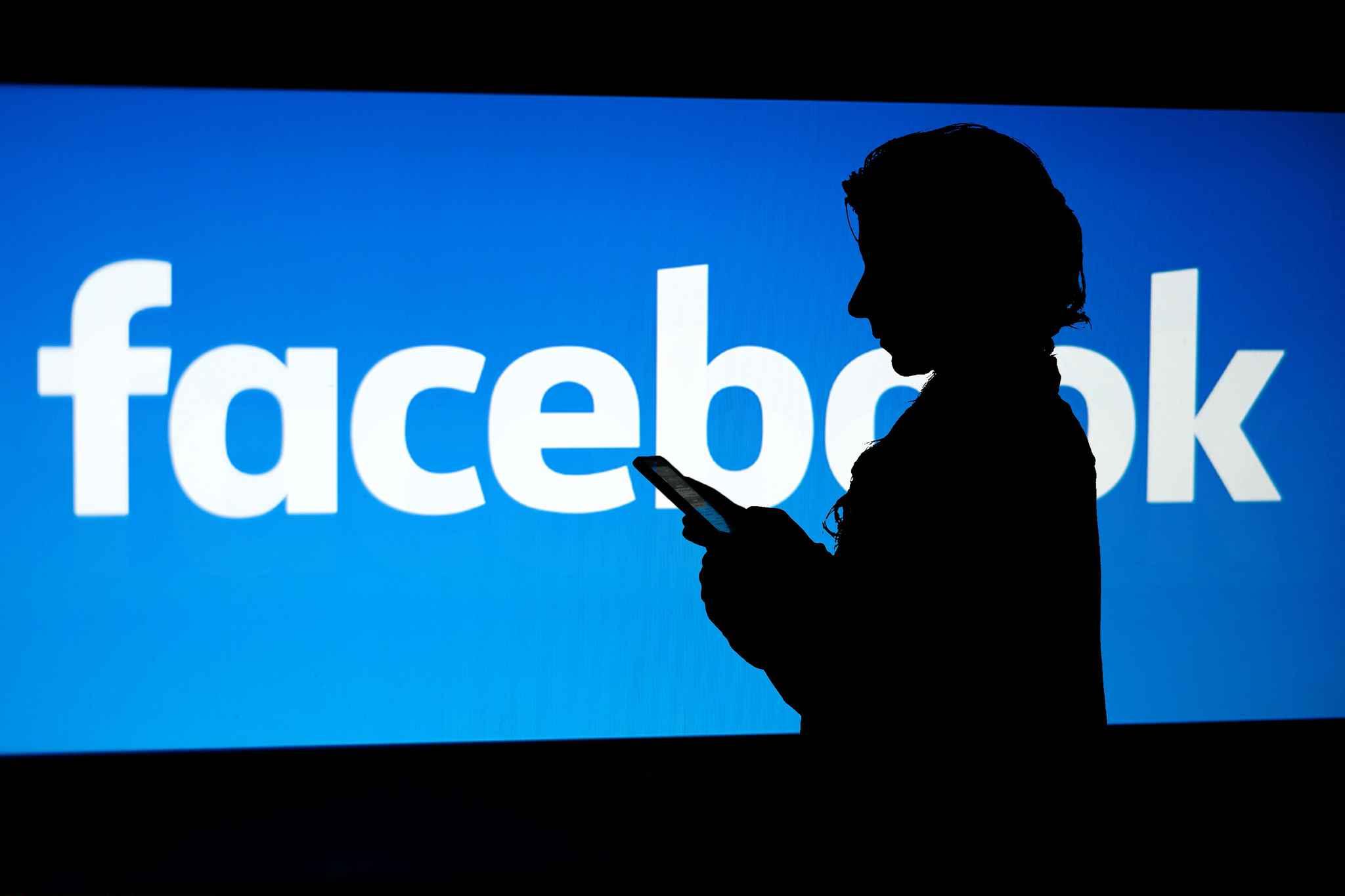 Facebook démarre le Community Help, un service d'entraide pour les crises majeures