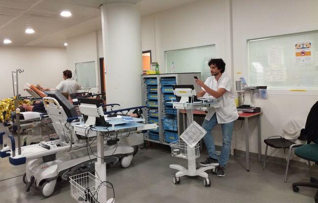 Jusqu'à 300 patients sont pris chaque jour en charge, donc beaucoup de personnes âgées.
