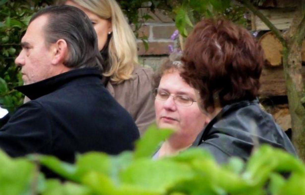 La chambre de l'instruction de la cour d'appel de Douai (Nord) a décidé de maintenir en détention Dominique Cottrez, une aide-soignante soupçonnée d'avoir tué huit de ses nouveau-nés à Villers-au-Tertre et détenue depuis juillet 2010, a-t-on appris vendredi de sources concordantes. –  afp.com