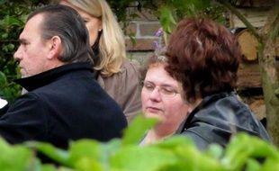 La chambre de l'instruction de la cour d'appel de Douai (Nord) a décidé de maintenir en détention Dominique Cottrez, une aide-soignante soupçonnée d'avoir tué huit de ses nouveau-nés à Villers-au-Tertre et détenue depuis juillet 2010, a-t-on appris vendredi de sources concordantes.