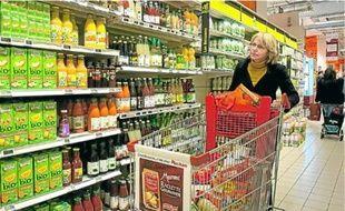 Les Parisiens profitent du large choix des hypermarchés de banlieue.