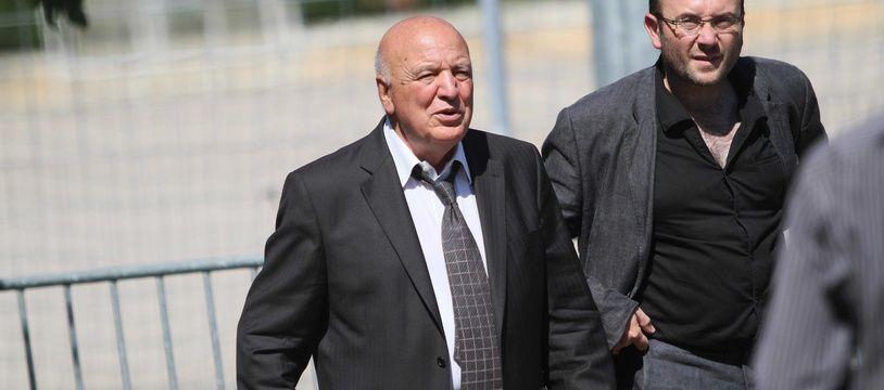 Jean-Pierre Maggi (ici à gauche) est l'ancien maire de Velaux et un ancien député socialiste des Bouches-du-Rhône