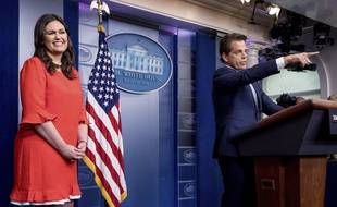 Sarah Huckabee Sanders, porte-parole de la Maison Blanche, et Anthony Scaramucci, directeur de la communication, le 21 juillet 2017