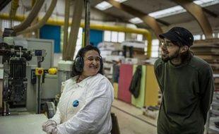 """ls apprennent """"la vie de de l'entreprise de A à Z"""" : douze salariés du fabricant de meubles pour enfants Vibel reprennent en main la société de Bazarnes (Yonne) sous la forme d'une société coopérative et participative (Scop), et passent ainsi d'employés à patrons."""