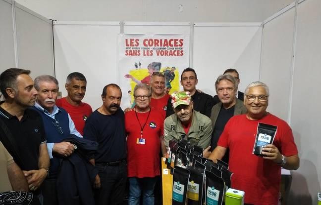 Les ex-Fralib fêtent avec leurs soutiens les 5 ans de leur coopérative Scop T1 1336 à la foire de Marseille.