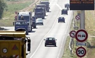 Pour la deuxième journée consécutive, des pollutions de l'air ont été enregistrées dans plusieurs régions en France, se traduisant notamment par l'obligation faite aux automobilistes de réduire leur vitesse, selon les autorités.