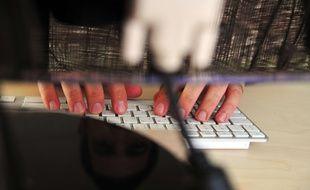 Pédophile, voyou, trafiquant d'armes, Didier a été affublé de tous les maux sur internet.