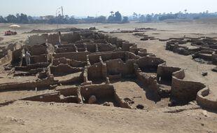 Un cité perdue datant de 3.000 ans a été découverte près de Louxor, en Egypte.