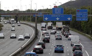 La métropole européenne de Lille songe à instaurer, fin 2018, un péage urbain inversé pour décharger les axes routiers congestionnées. Les automobilistes volontaires seraient alors rémunérés pour lâcher leurs voitures.