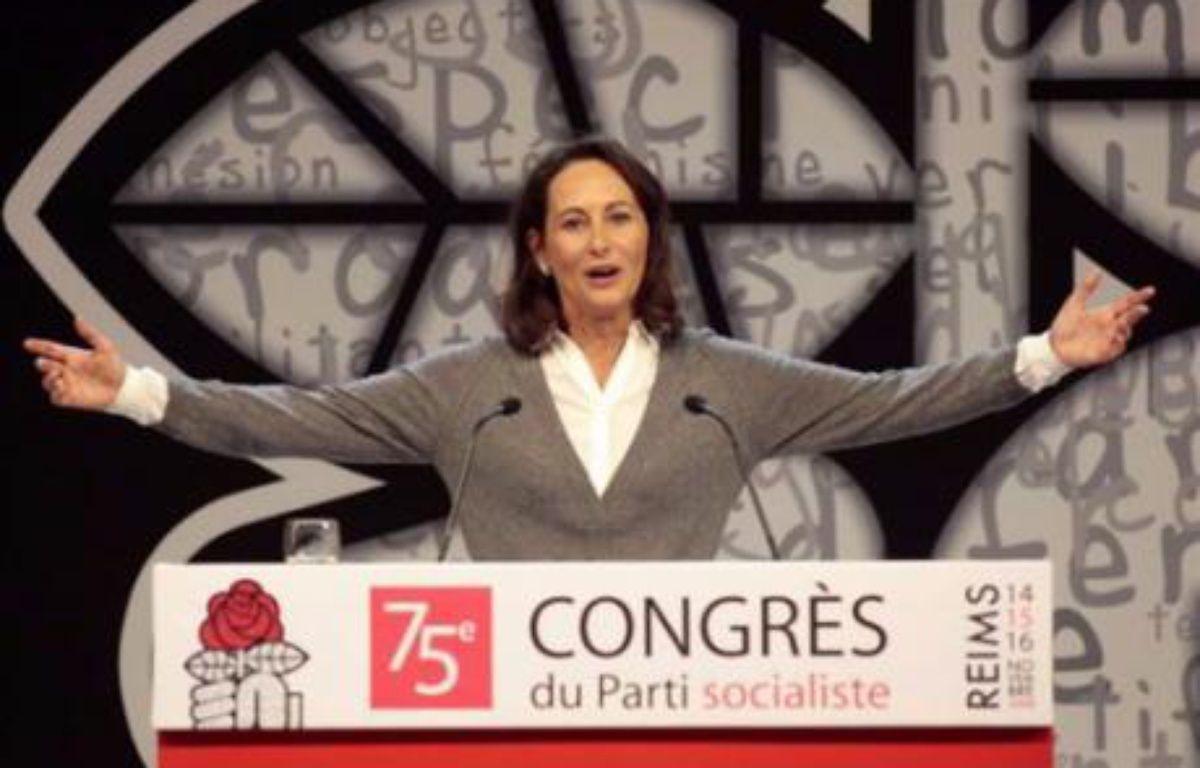 Ségolène Royal part en favorite pour le vote des militants jeudi, de l'aveu même de ses opposants, qui relèvent qu'elle est toujours gagnante lorsqu'il s'agit de donner la parole aux militants plus qu'à l'appareil du parti. – Francois Guillot AFP