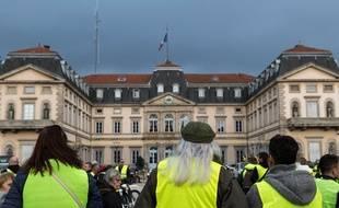 Des gilets jaunes au Puy-en-Velay, le 17 novembre, premier jour des manifestations.