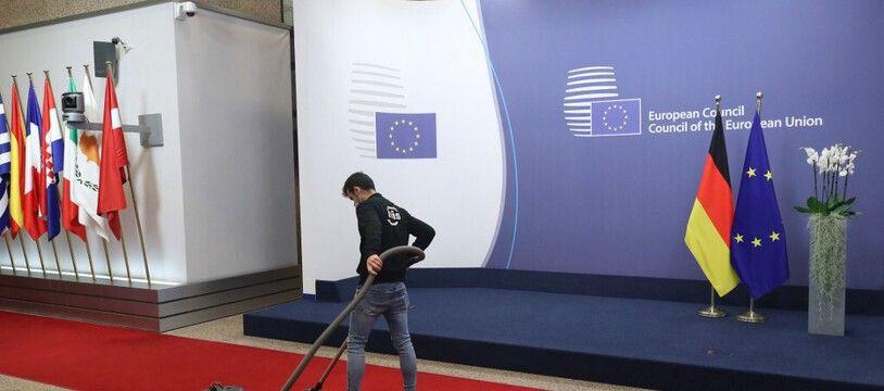 La moquette de Bruxelles restera propre : le sommet de ce jeudi aura lieu en visio-conférence. (illustration)